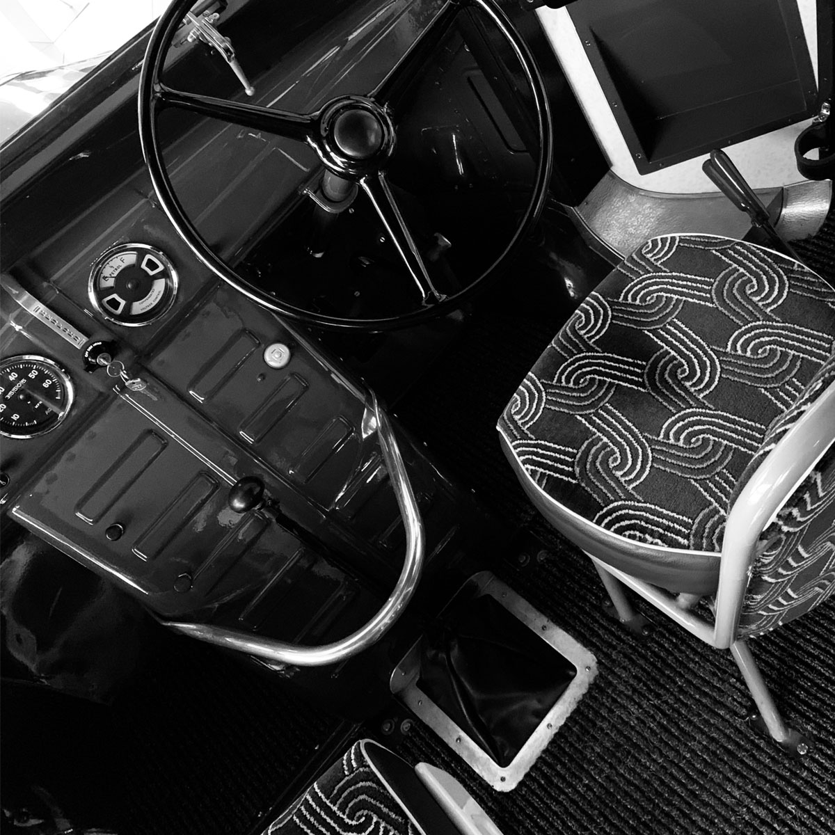 heritage-slider-dash